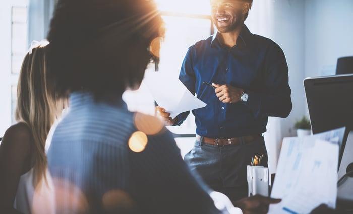 Taloyhtiön yhtiökokous tulossa? Hoida pöytäkirjan muokkaus, kommentointi ja allekirjoitukset helposti!